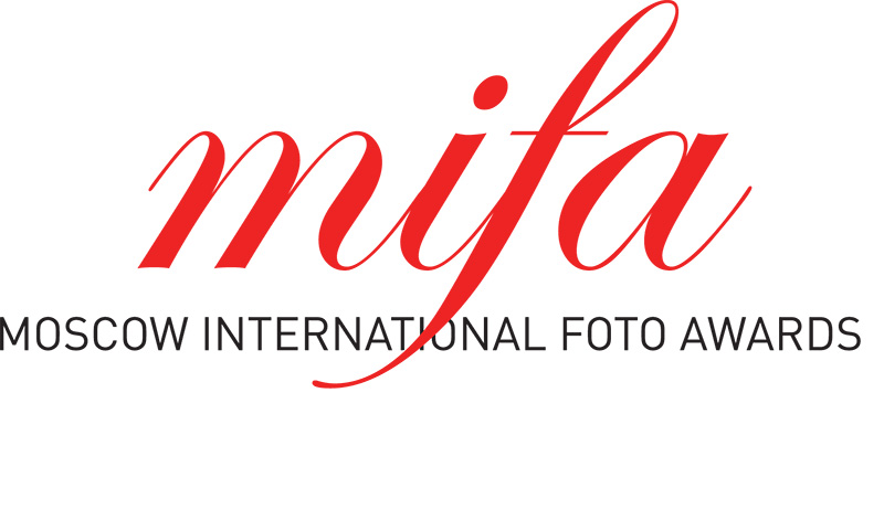 Moscow International Foto Awards 2016 - logo