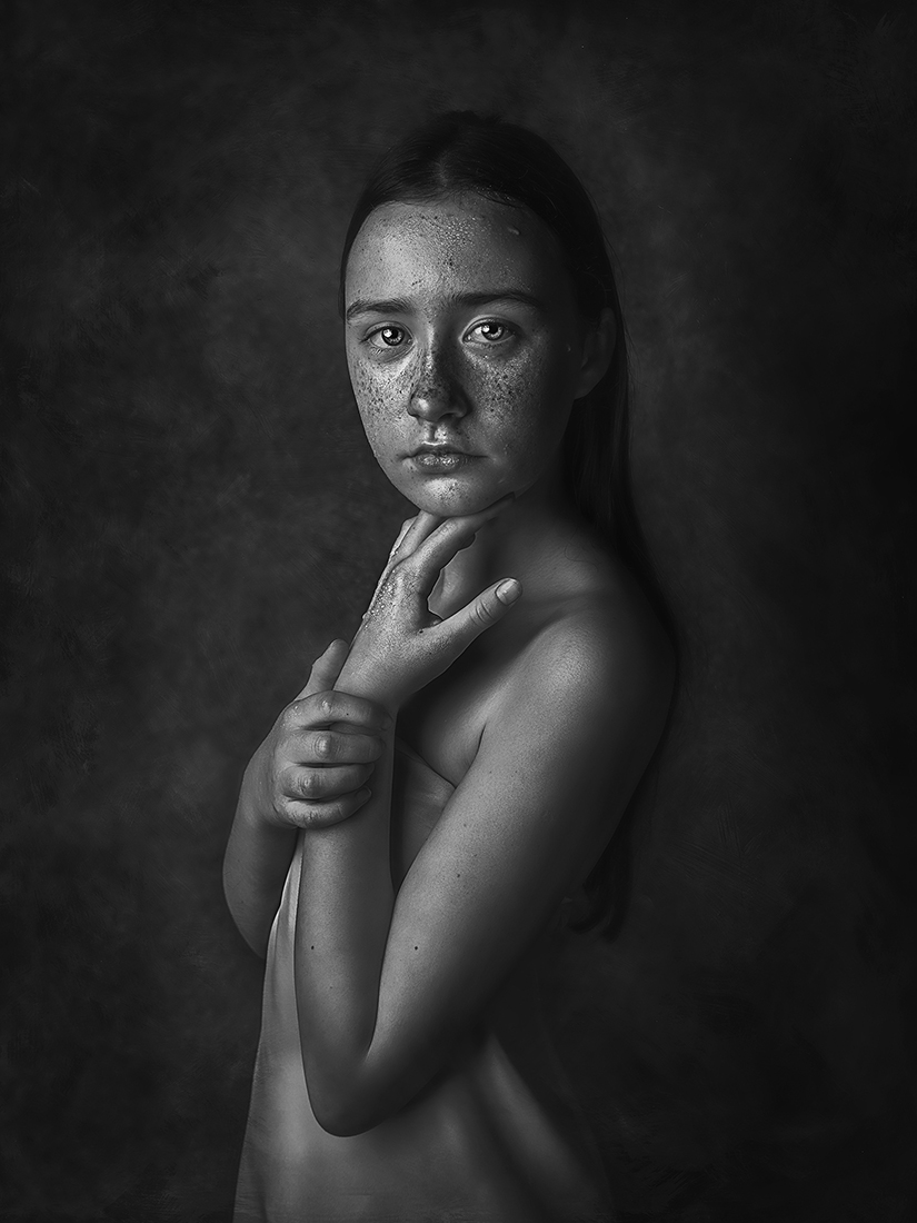 1ST PLACE - Black & White Portrait PHOTO of the Year 2019, Maja - Hanna Derecka