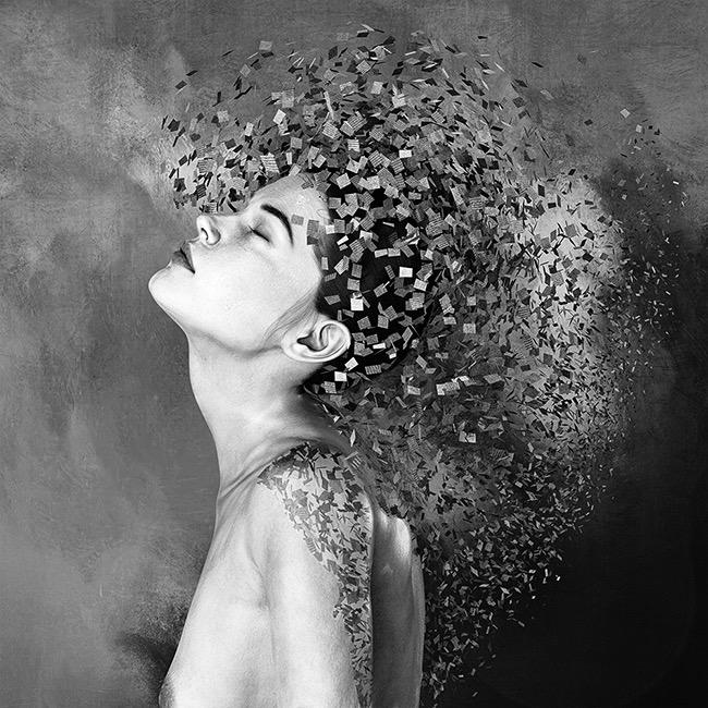 Patrizia Burra - Photomanipulation Photographer of the Year 2020